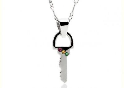 Necklace-w-Key-Twiste