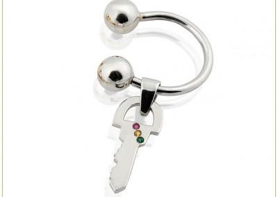 Semicircular-Silver-Key-rin